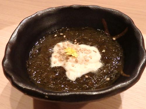 34沖縄細もずく豆腐と湯葉ソース