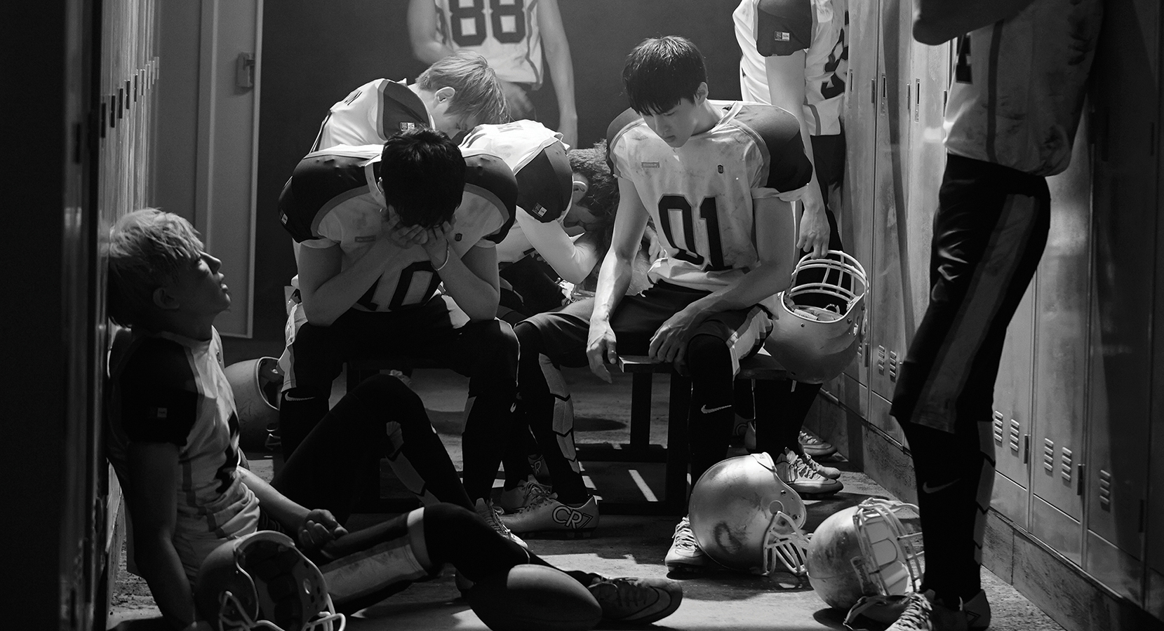 LOVE ME RIGHT-13
