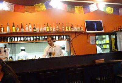 DSC02163若葉台カレー屋さん厨房