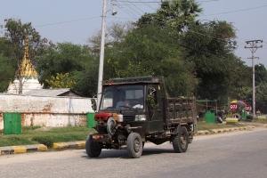 Sagaing_Hill_1502-204.jpg