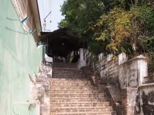 Sagaing_Hill_1502-207.jpg