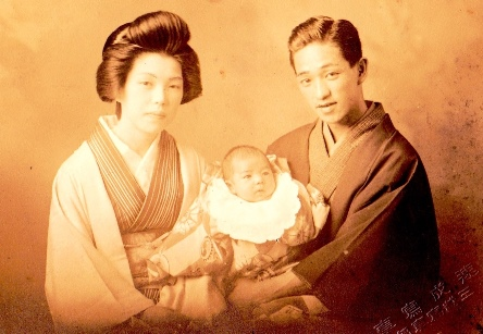 kouzaburokimihiroshisml.jpg