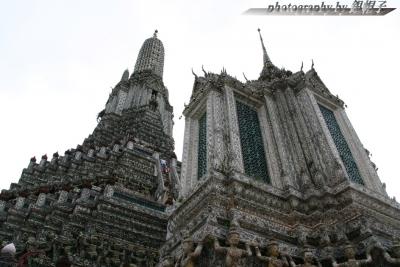 201307Thai-Wat-Arun.jpg