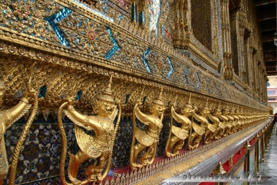 201307Thai-Wat-Phra-Kaew2.jpg