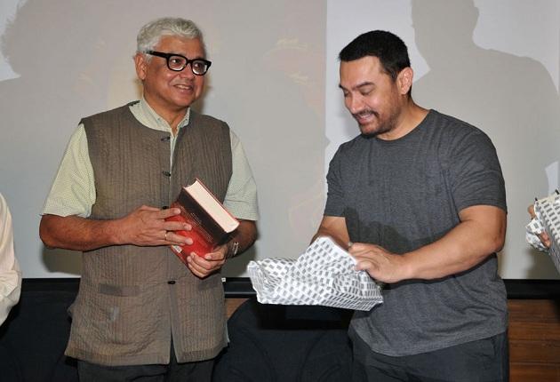 Aamir-Khan-at-the-launch-of-Amitav-Ghoshs-book.jpg