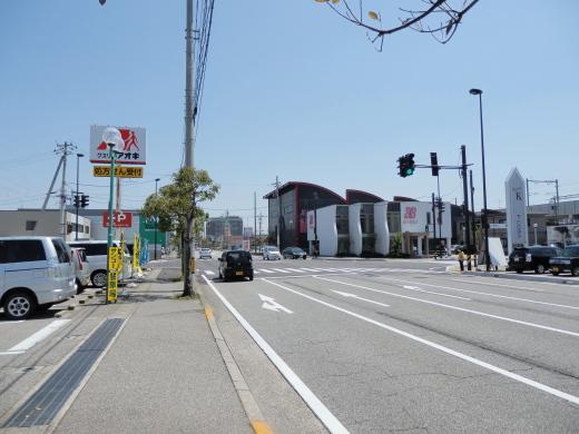 takaokacityshintakaokaekikitaguchisignal1504-2.jpg