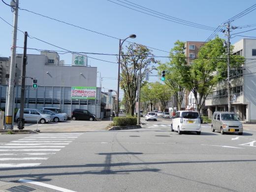 toyamacityjinzuhonmachisignal1504-9.jpg