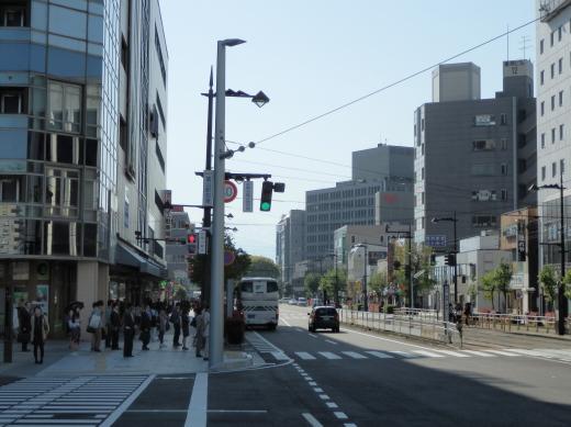 toyamacitytoyamaekimaehigashisignal1504-7.jpg