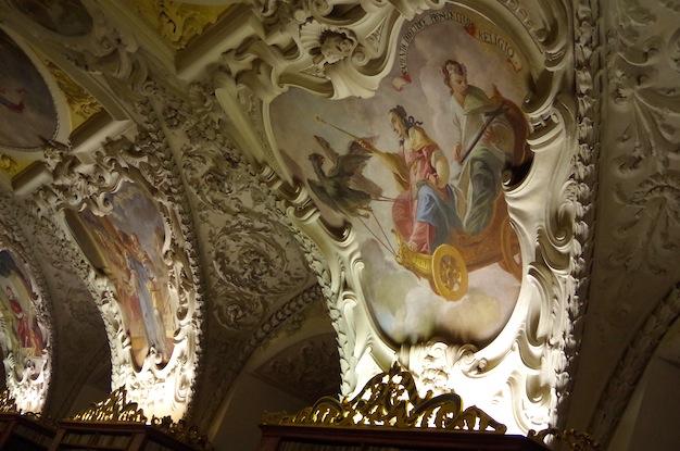 ストラホフ修道院15