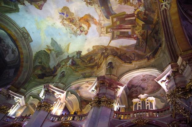 聖ミクラーシュ教会9