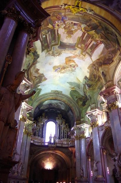 聖ミクラーシュ教会14