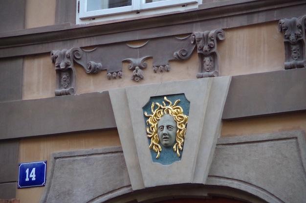 ネルドヴァ通り3
