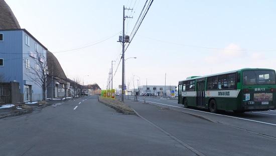 小橋内バス通り1