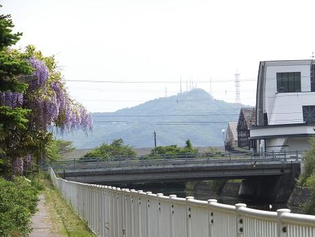 コイカクシ川沿い7