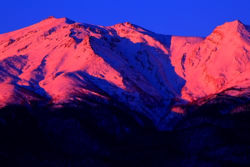 紅色の霊峰御岳山