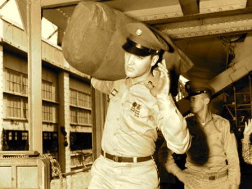 Elvis1958-1.jpg