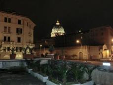 マンマの家からサンピエトロ大聖堂が見えます