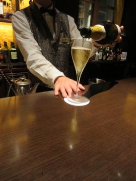 シャンパンを一杯