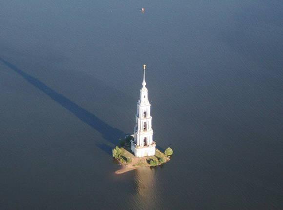 kalyazin-bell-tower-russia.jpeg