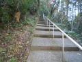 161231神社へ向かう急な階段