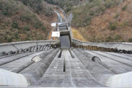 小里川ダム。_800