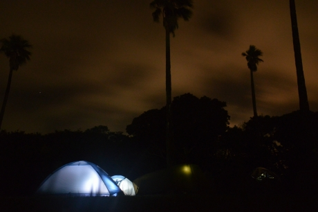 1テントと空