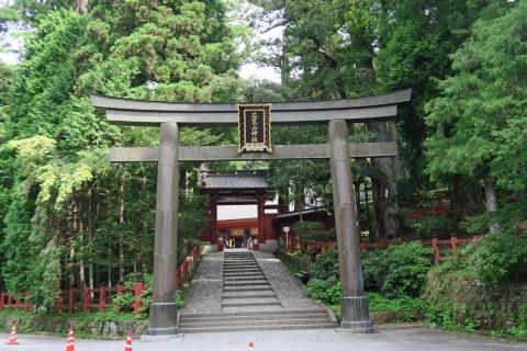05二荒山神社神門