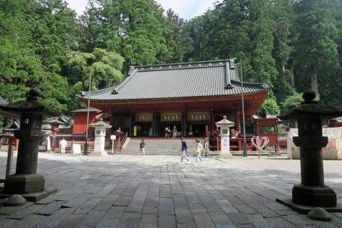 06二荒山神社拝殿