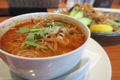 トムヤム拉麺