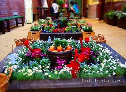 中庭-花壇