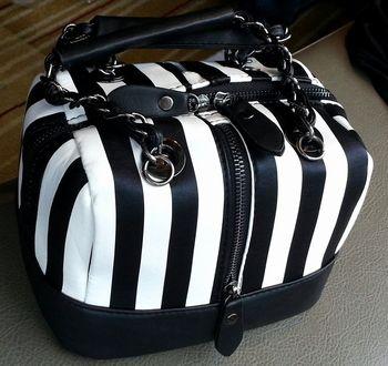 ストライプバッグ