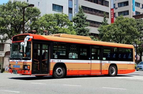 姫路200か1152 8070