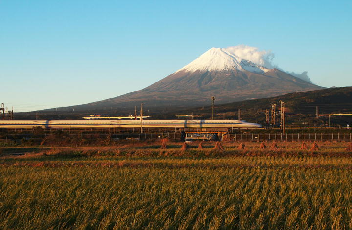 富士山と新幹線-854