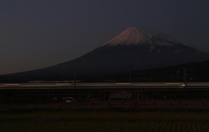富士山と新幹線-073