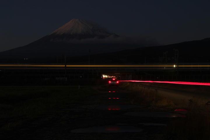 富士山と新幹線-082