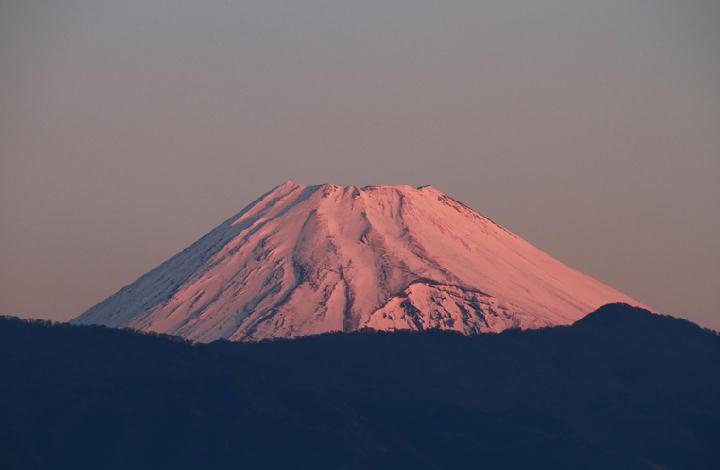 8日 6-54 今朝の富士山-1