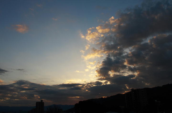29日 7-08 東の空-1