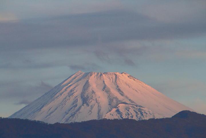 3日 7-00 今朝の富士山-1