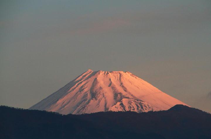 7日 6-52 今朝の富士山-1