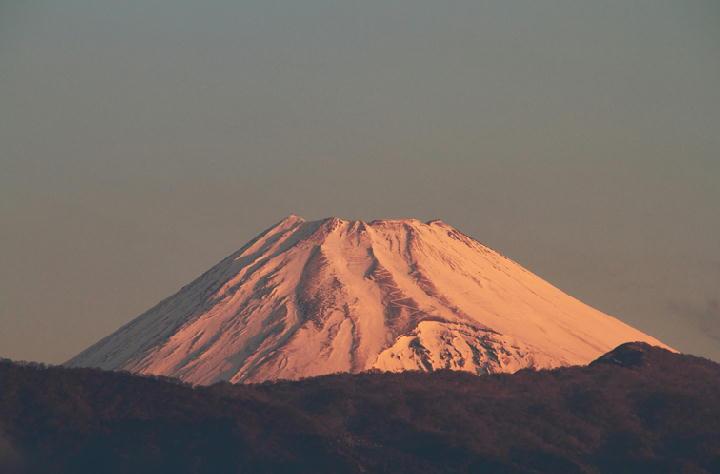 11日 6-48 今朝の富士山-1