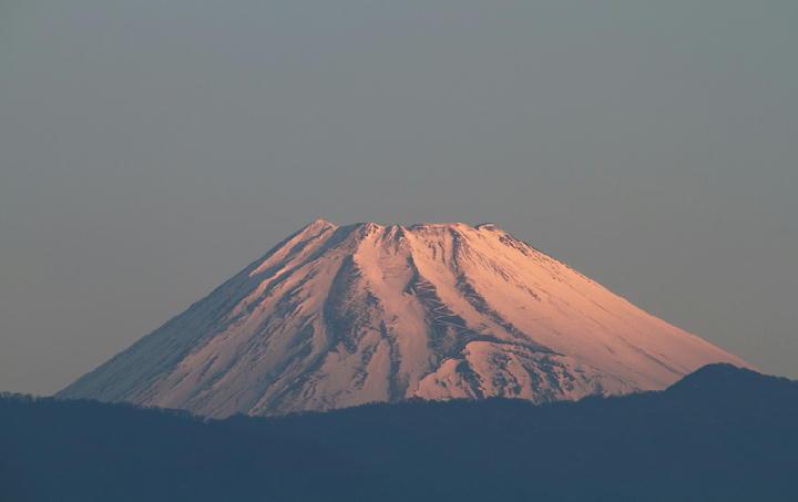 12日 6-58今朝の富士山-1