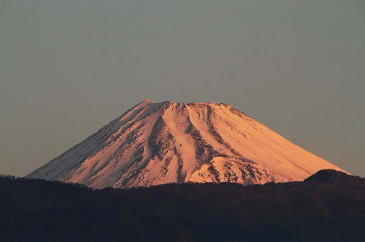 13日 6-44 今朝の富士山-1