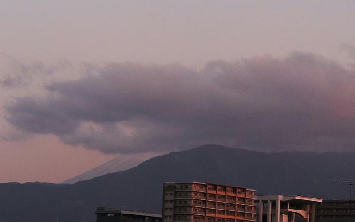 12日 6-14 今朝の富士山-1