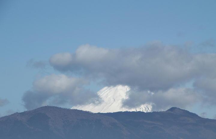 17日 8-37 今朝の富士山-1