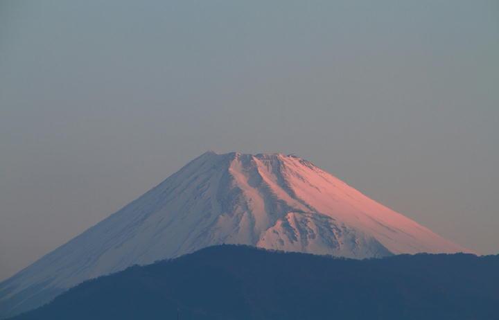 30日 5-47 今朝の富士山-1