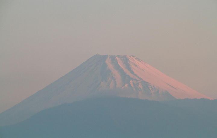 31日 5-48 今朝の富士山-1