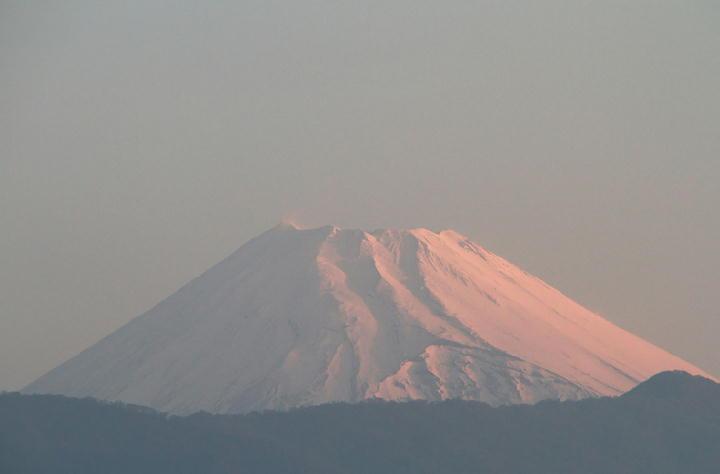 18日 5-25今朝の富士山