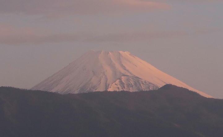 19日 5-32 今朝の富士山-1
