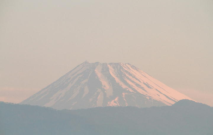 25日 5-16 今朝の富士山