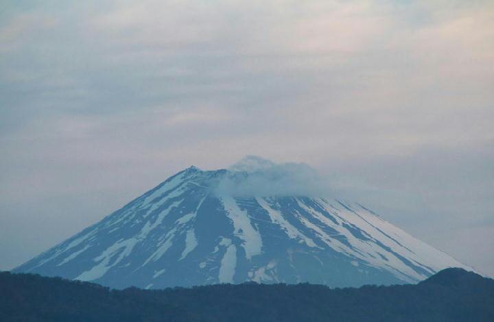 30日 5-18 今朝の富士山-2